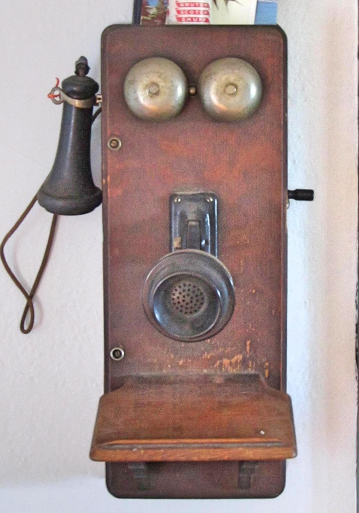 boomhouse.ch.phone5b